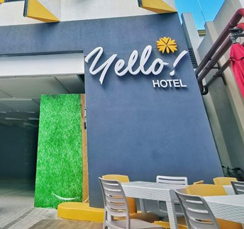 front photo of yello hotel